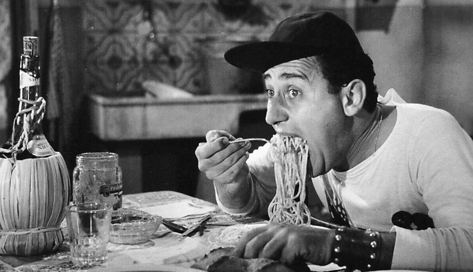 Scena spaghetti Alberto Sordi Un americano a Roma