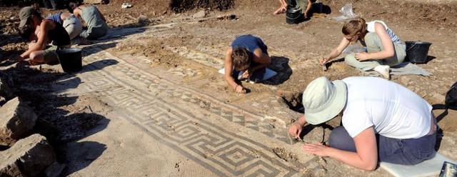 Professione archeologo