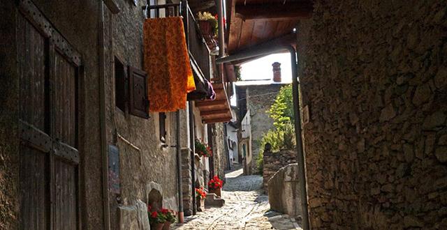 Strada medievale di Usseaux - borghi