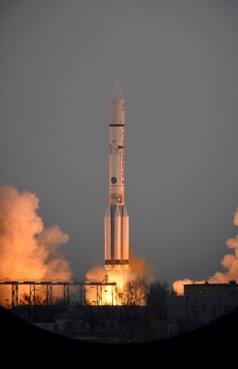 La partenza della sonda ExoMars che ha a bordo il modulo Schiaparelli