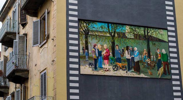 A mural of MAU