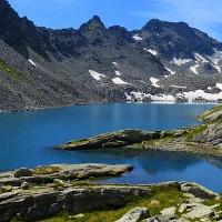 Lago di Pietra Rossa Valle d'Aosta