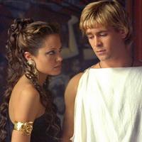 Angelina Jolie e Colin Farrel in Alexander